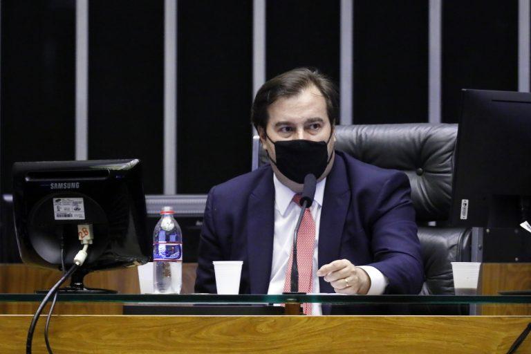 Deputado Rodrigo Maia preside a sessão