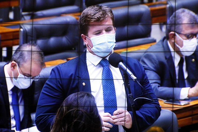 Votação de propostas legislativas. Dep. Felipe Rigoni(PSB - ES)