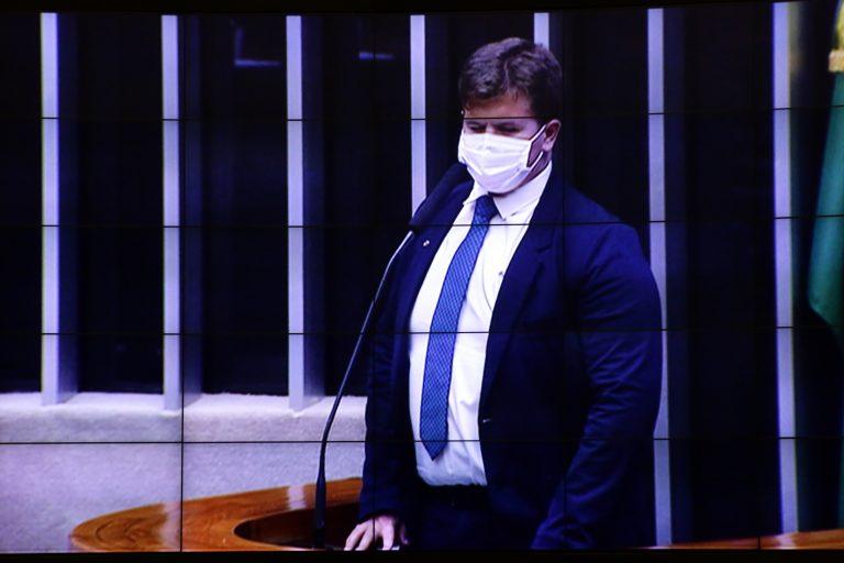Votação de propostas legislativas. Dep. Felipe Rigoni (PSB - ES)