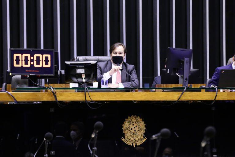 Votação de proposta. Presidente da Câmara dos Deputados, dep. Rodrigo Maia