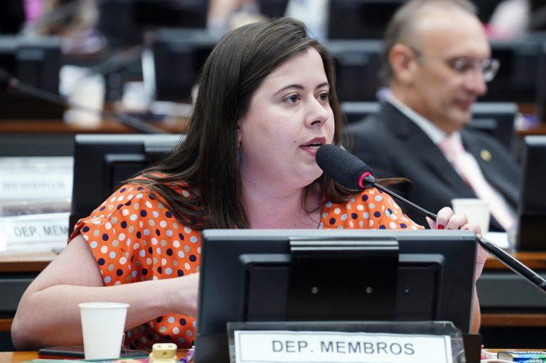 Reunião ordinária para votação do parecer do relator. Dep. Sâmia Bonfim (PSOL - SP)