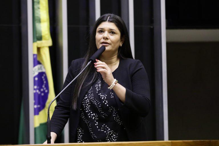 Deputada Rose Modesto discursa no Plenário da Câmara