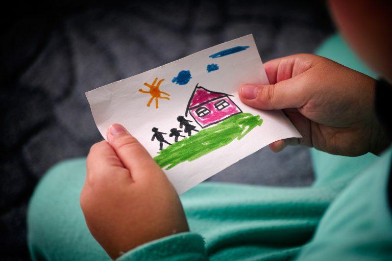 Família - adoção - crianças - lar temporário - filho adotivo