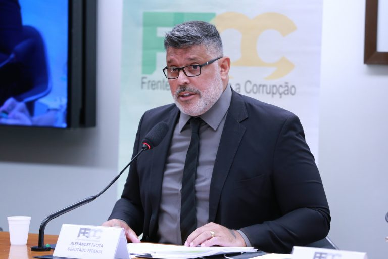 Rodada de entrevistas com candidatos à presidência da Câmara. Dep. Alexandre Frota(PSDB - SP)