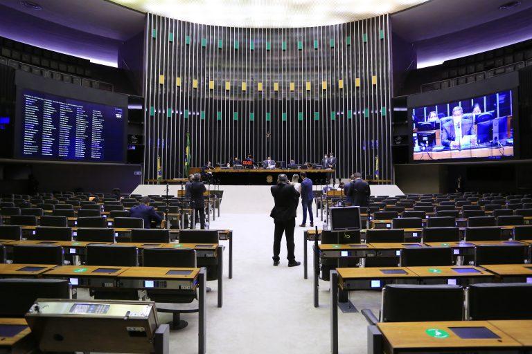 Sessão para a votação de propostas legislativas.