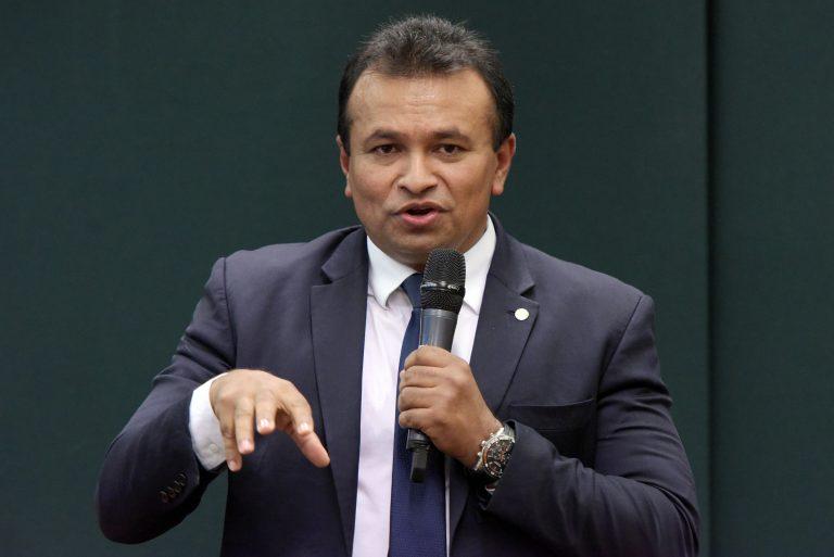 Deputado Fábio Abreu participa de audiência pública na Câmara