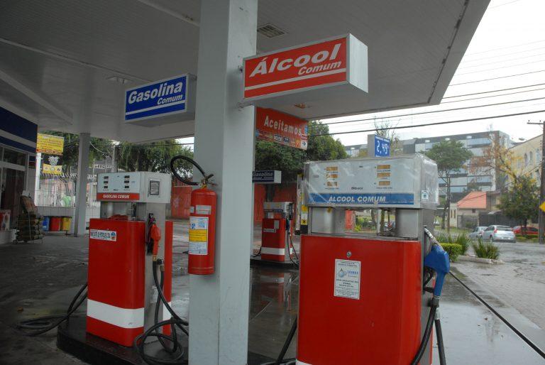 Energia - combustível - postos gasolina álcool abastecimento combustíveis fósseis