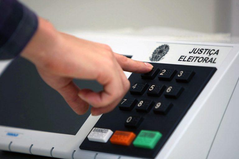 Eleições - urna eletrônica