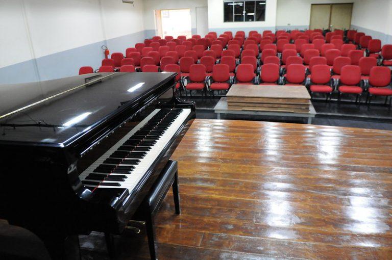 Cultura - música - piano - pianista - escola de música de brasília - Aluno da Escola de Música de Brasília é premiado em concurso internacional