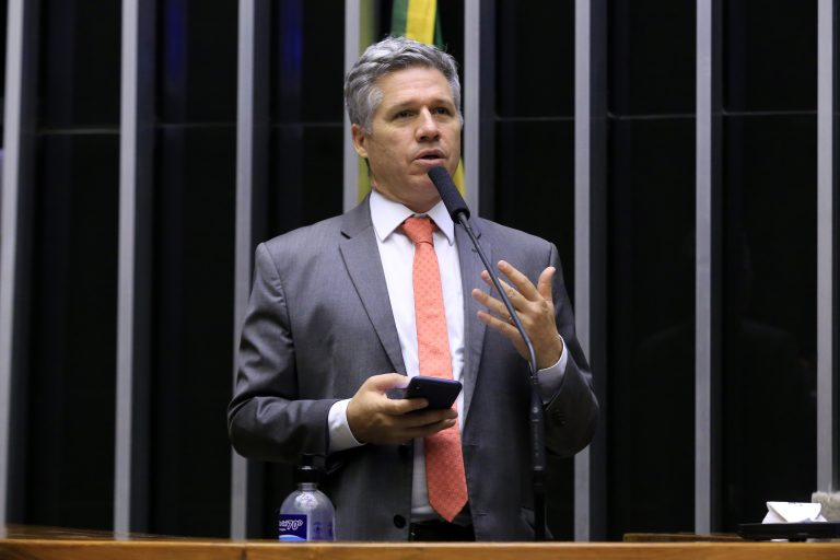 Breves Comunicados. Dep. Paulo Teixeira (PT - SP)