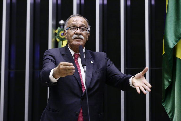 Breves comunicados. Dep. Paulo Ramos(PDT - RJ)