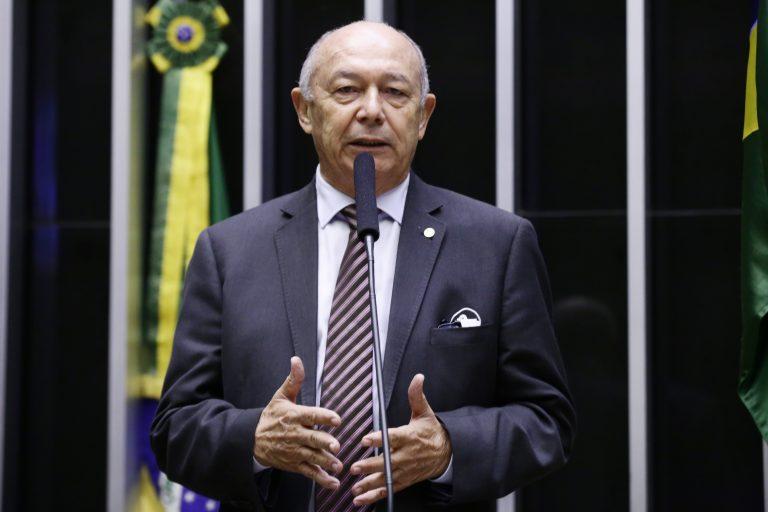 Deputado José Nunes (PSD-BA) no Plenário da Câmara