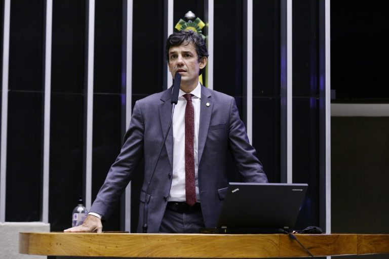 Breves comunicados. Dep. Daniel Coelho (CIDADANIA - PE)