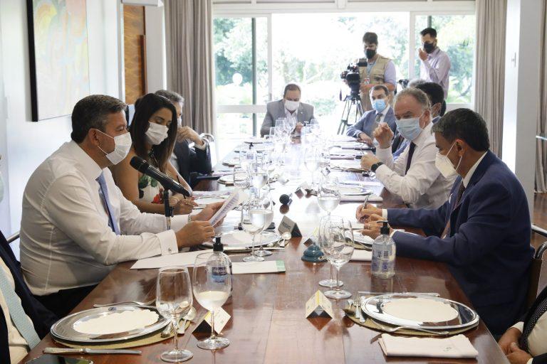 Presidente da Câmara, Arthur Lira, almoça com governadores