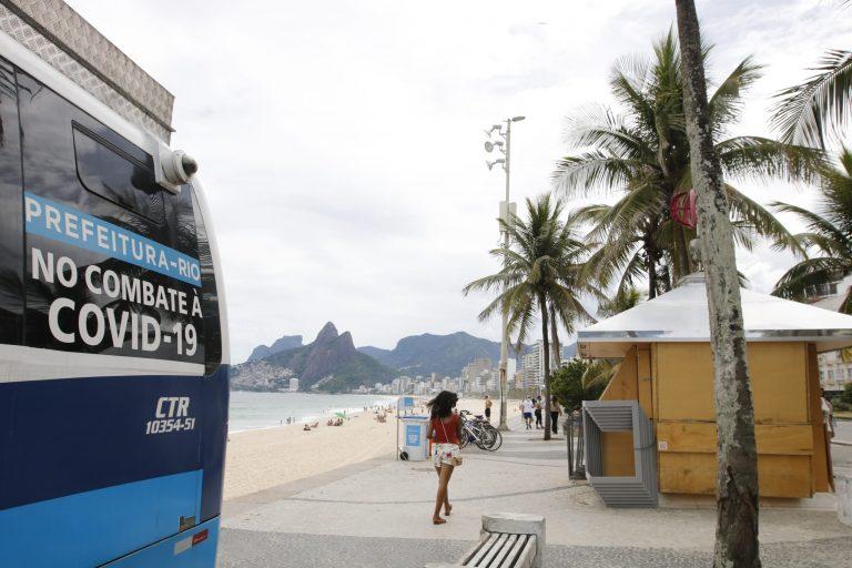 Saúde - coronavírus - pandemia - Covid-19 - cidades - lockdown - Quiosques das praias do Rio estão fechados em cumprimento ao decreto municipal.As novas restrições impostas pela prefeitura do Rio, para tentar combater o avanço da Covid-19