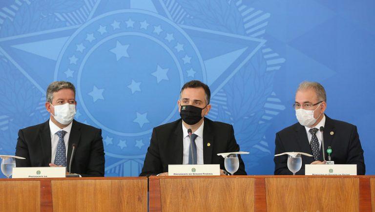 Autoridades - Declaração à imprensa com a participação do Presidente do Senado, Rodrigo Pacheco, do Presidente da Câmara, Arthur Lira, e do Ministro da Saúde, Marcelo Queiroga