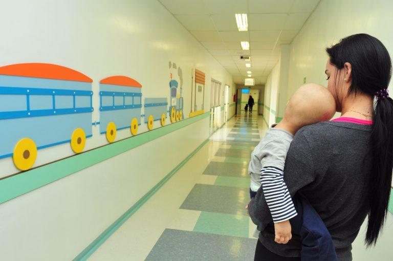 Saúde - geral - câncer infantil criança tratamento quimioterapia hospital tumor