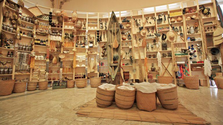 Cultura - geral - Museu da Cidade de Manaus-AM patrimônio histórico povos tradicionais índios indígenas culinária artesanato antropologia tribos aldeias etnias costumes miscigenação raças