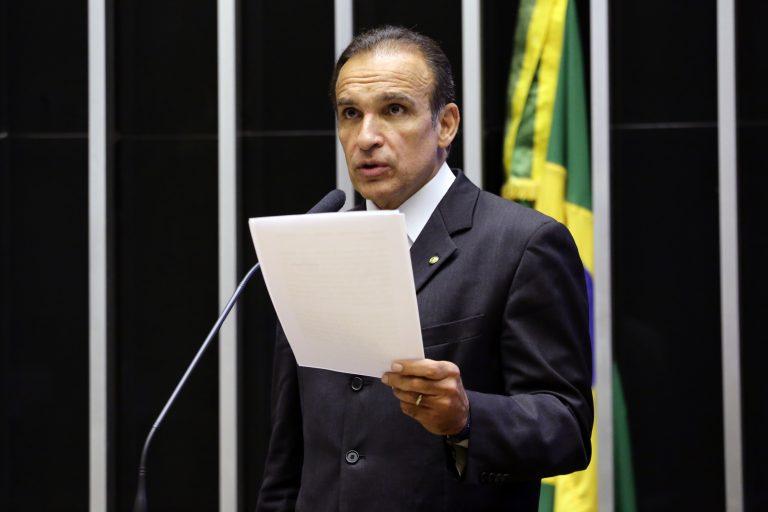 Breves Comunicações. Dep. Hugo Leal(PSD - RJ)
