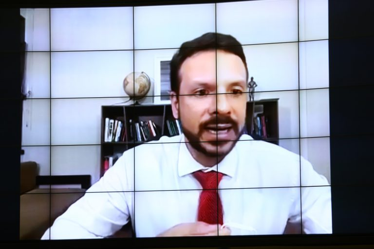 Votação de propostas. Dep. Professor Israel Batista(PV - DF)