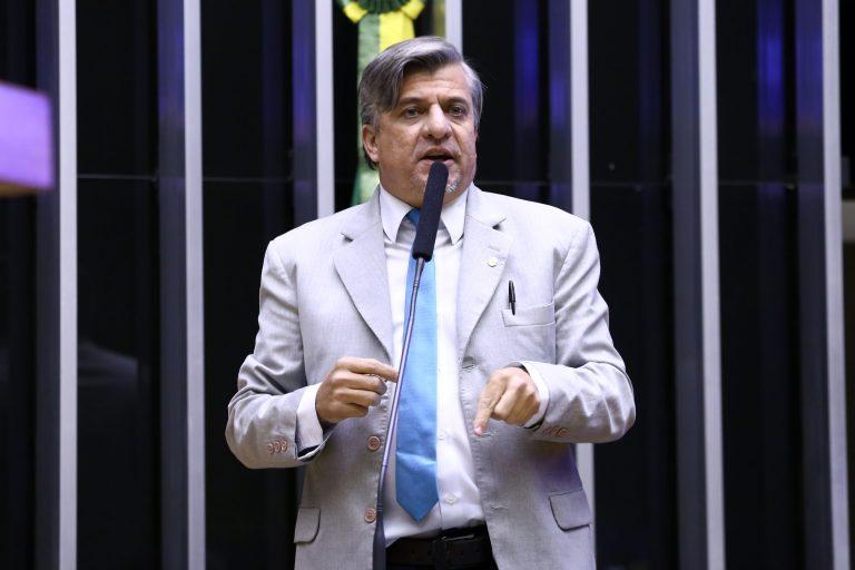 Votação de propostas. Dep. Boca Aberta (PROS - PR)
