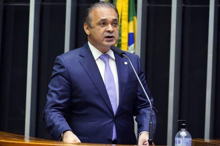 Discussão e votação de propostas. Dep. Roberto de Lucena(PODE - SP)
