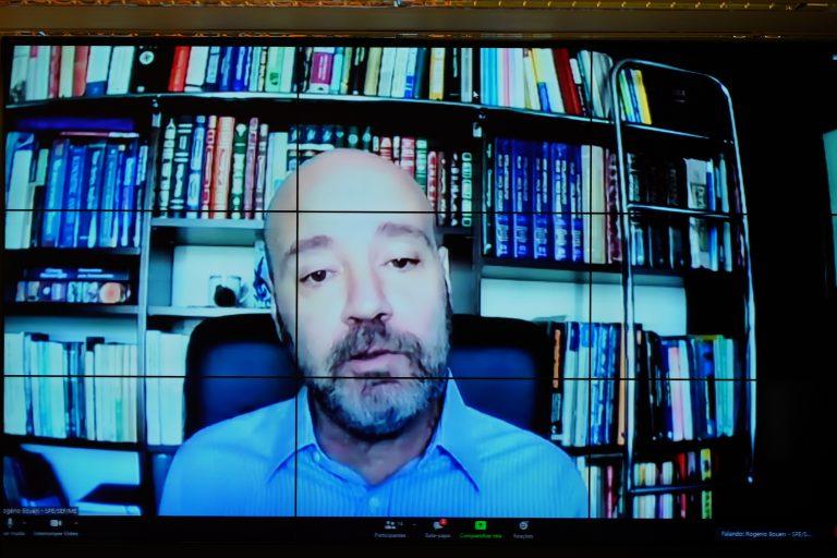 Rogério Boueri participa de audiência pública
