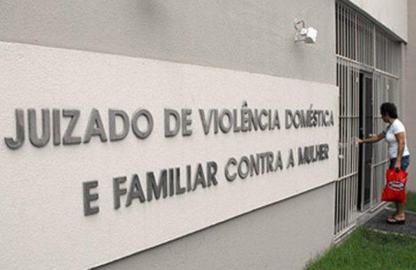 Juizado de Violência Doméstica e Familiar contra a mulher