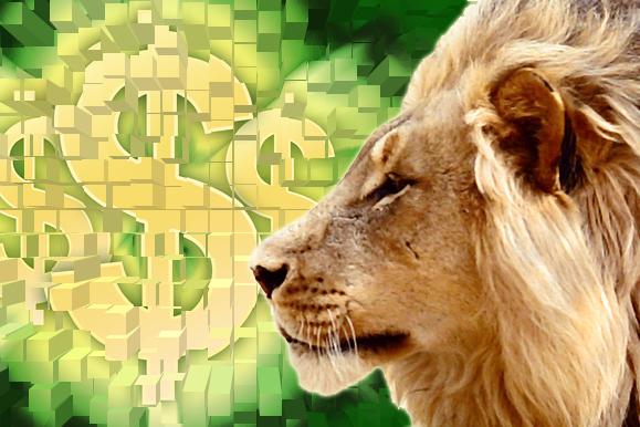 Foto de um leão de perfil e ao fundo vários cifrões desenhados