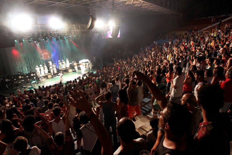Cultura - música - show afro público fãs