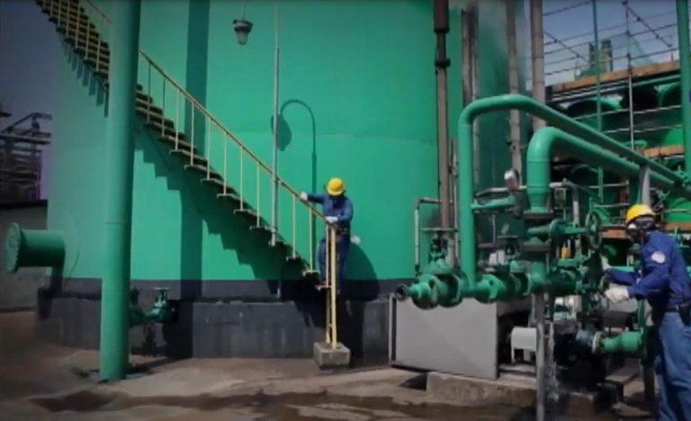 Economia - indústria e comércio - trabalhadores petroquímica petróleo energia
