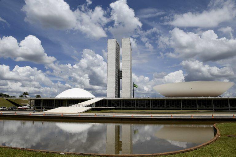 Brasília - Congresso - Palácio do Congresso Nacional - prédios públicos - Senado - Câmara dos Deputados