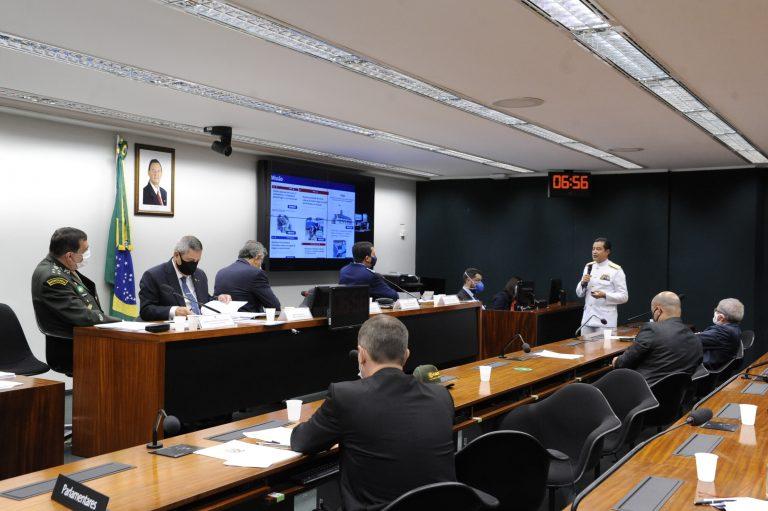 Reunião Extraordinária - Explanar sobre as prioridades do Ministério da Defesa para o ano de 2021. Comandante da Marinha, Almirante de Esquadra Almir Garnier Santos
