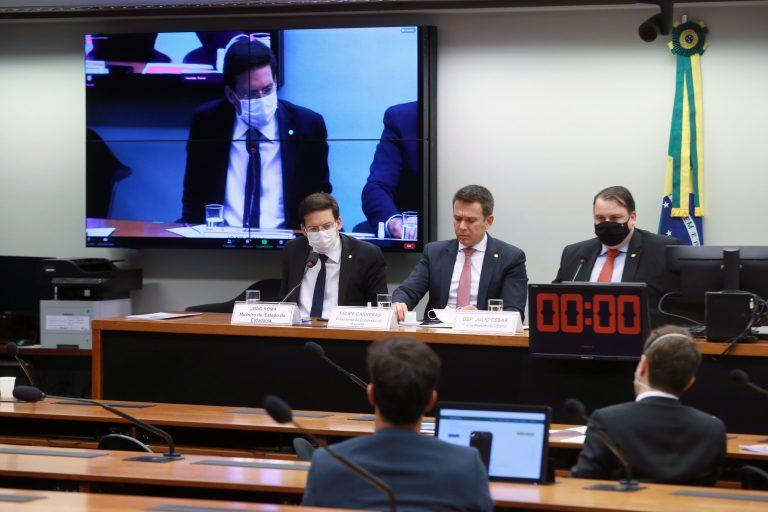 Apresentação de propostas das pastas e a pauta de trabalho para 2021. Ministro de Estado da Cidadania, João Roma, dep. Felipe Carreras (PSB - PE) e o dep. Julio Cesar Ribeiro (REPUBLICANOS - DF),