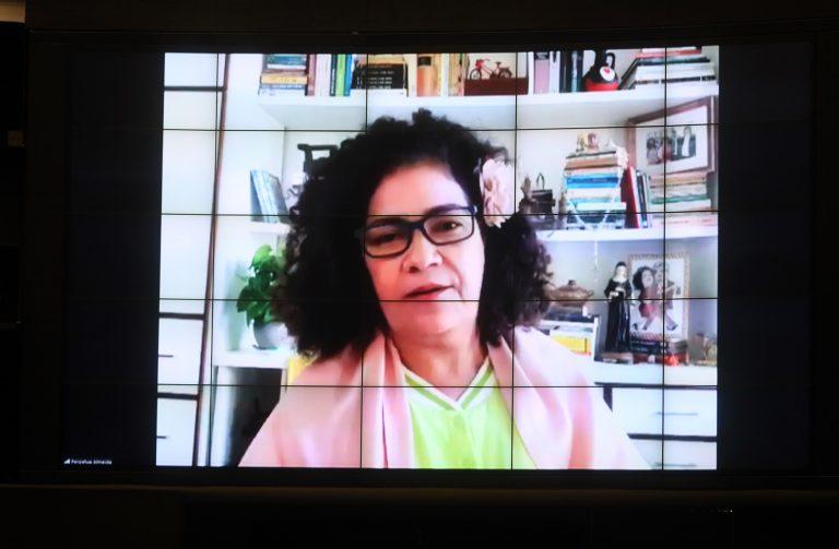 Deputada Perpétua Almeida (PCdoB-AC)