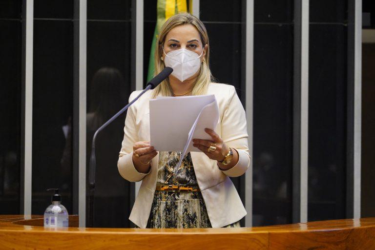 Discussão e votação de propostas. Dep. Policial Katia Sastre (PL - SP)