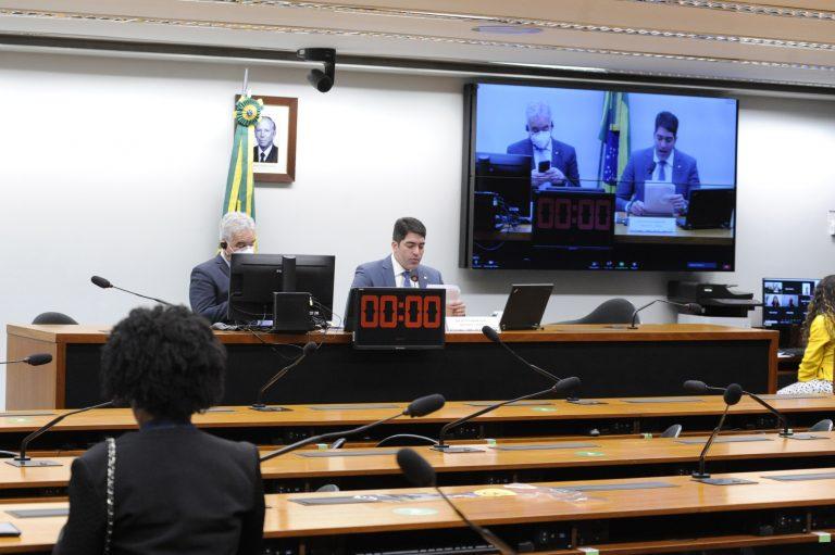 """Audiência Pública - """"Desestatização da Eletrobrás"""". Dep. Zé Neto(PT - BA) e o dep. Otto Alencar Filho(PSD - BA)"""