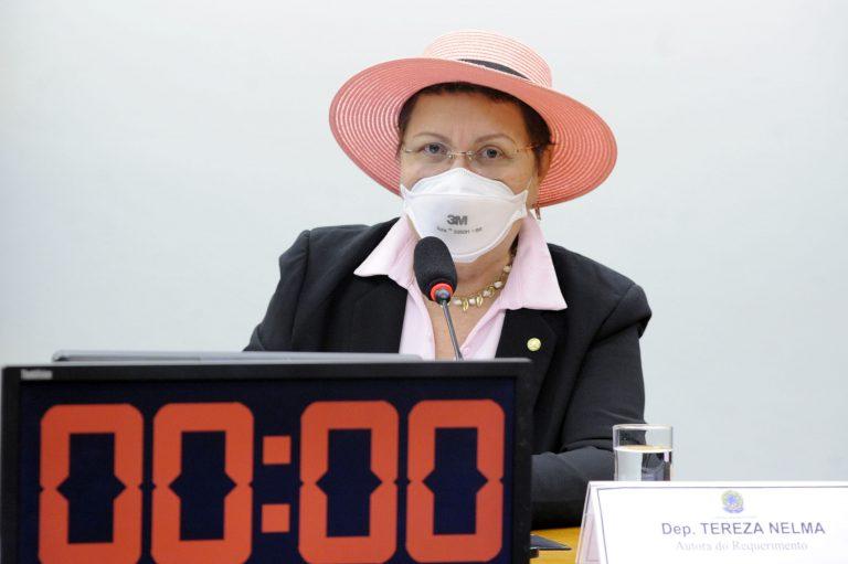Audiência Pública - Velhices e Envelhecimento da População LGBTQIA+ no Brasil - por Vídeoconferência. Dep. Tereza Nelma(PSDB - AL)