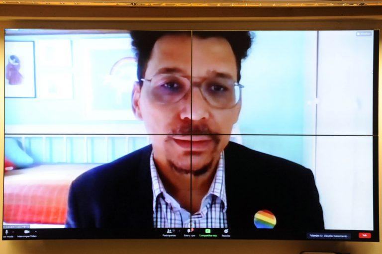 Audiência Pública - Velhices e Envelhecimento da População LGBTQIA+ no Brasil - por Vídeoconferência. Diretor de Políticas Públicas da Aliança Nacional LGBTI, Coordenador Executivo do Grupo Arco-íris de Cidadania LGBTI do Rio de Janeiro, Coordenador no Brasil da Rede Gay Latino, Claudio Nascimento