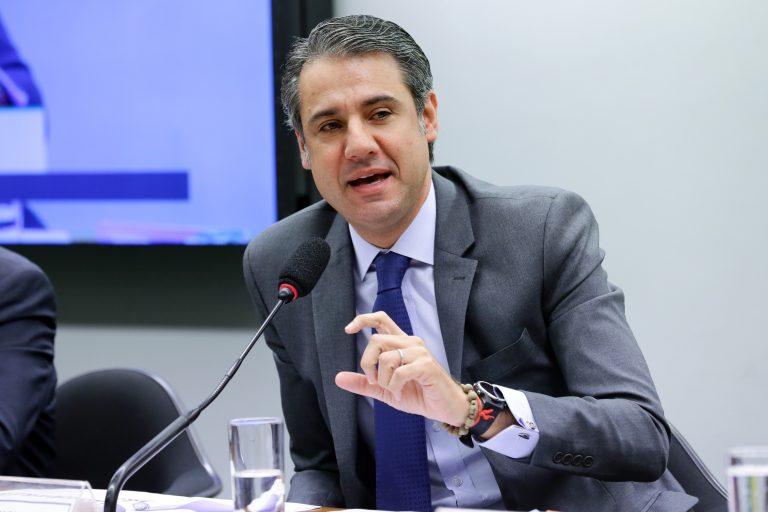 Audiência Pública - Tema: Saneamento básico e a gestão de resíduos sólidos. Dep. Fernando Monteiro (PP - PE)