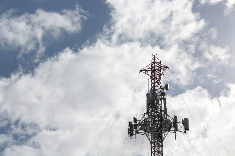 torre digital celular