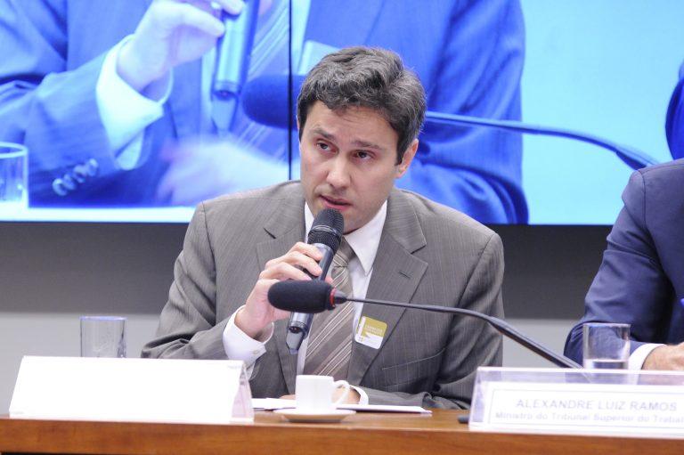 Tadeu Lopes da Cunha (foto de arquivo): decisão do STF não se aplica ao magistério