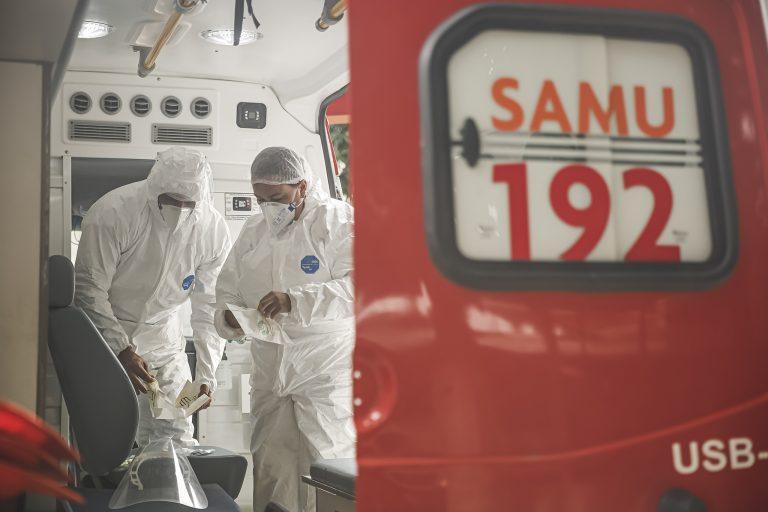 Saúde - coronavírus - emergências SAMU ambulâncias EPIs equipamentos proteção individual equipes socorros Covid-19 pandemia (Recife-PE)