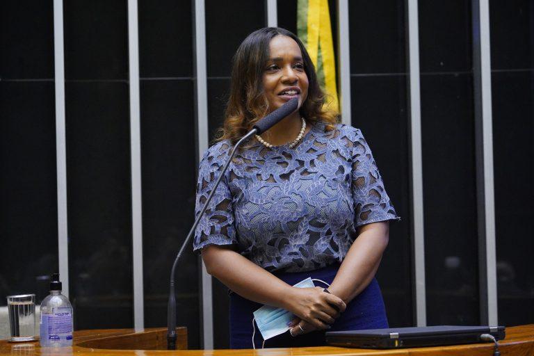 Deputada Tia Eron (REPUBLICANOS-BA)