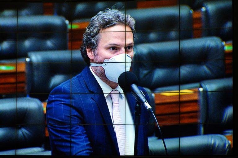 Discussão e votação de propostas. Dep. Fred Costa(PATRIOTA - MG)