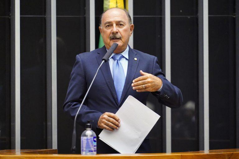 Deputado Dr. Zacharias Calil (DEM-GO)