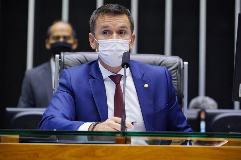 Discussão e votação de propostas. Dep. Felipe Carreras(PSB - PE)