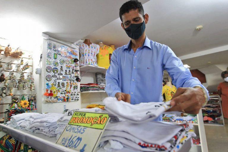 Economia - indústria e comércio - Cooperação de crédito - UPB, SETRE e Desenbahia firmam cooperação para levar crédito aos micro empreendedores nos municípios.