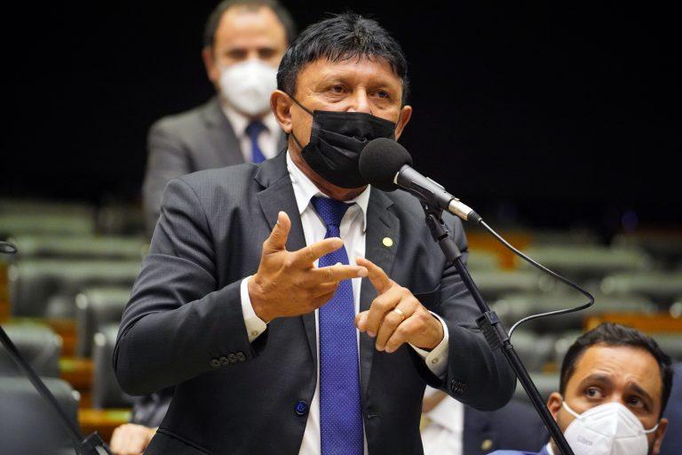 Delegado Éder Mauro quer que comissão discuta outros temas
