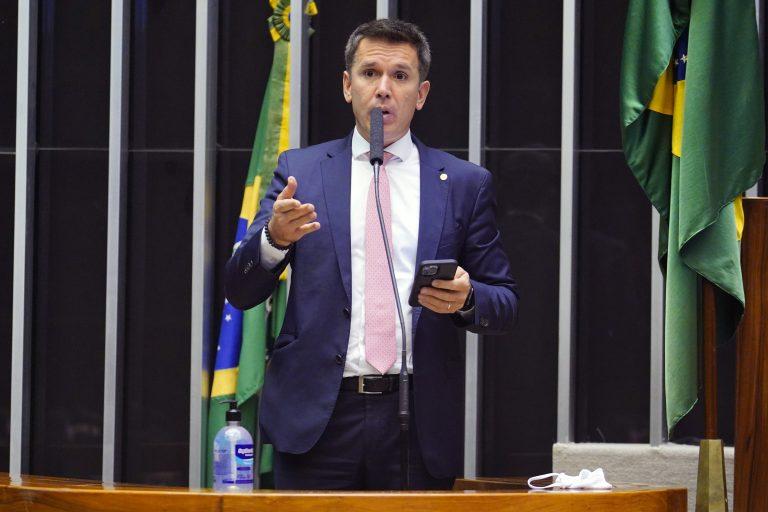 Breves Comunicados. Dep. Felipe Carreras(PSB - PE)